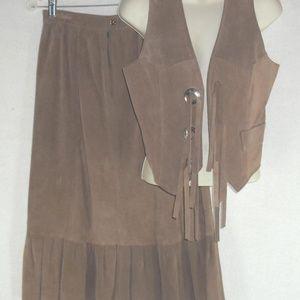 Vintage GALVEZ vest skirt 2 pc 100% Suede Fringe